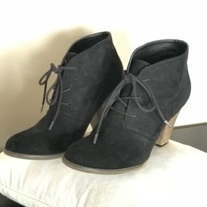MIA Shawna Black Lace-up Bootie Size 9 EUC